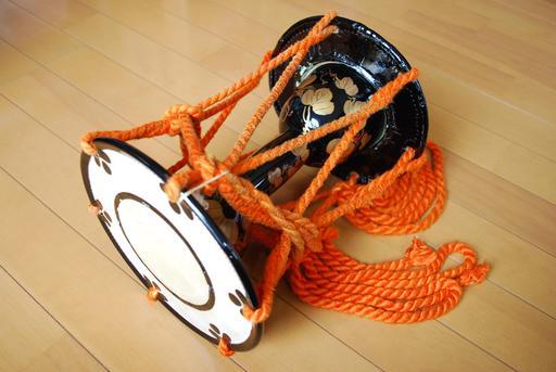 Otsuzumi, tambour japonais