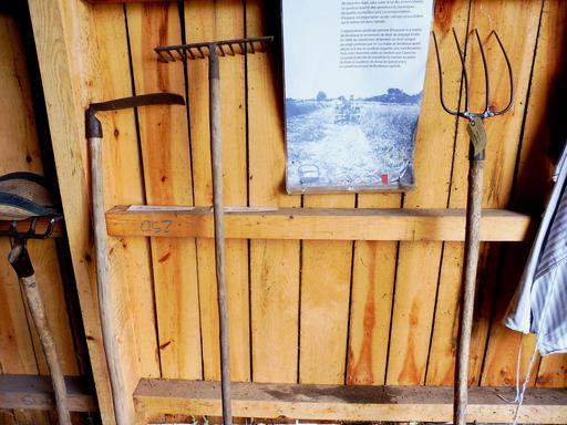 Outils de maraîcher à Eysines