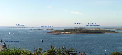 Panorama des îles au large de l'Aber Wrach dans le Finistère
