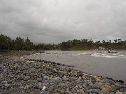 Pêche aux bichiques sur la Rivière-des-Roches