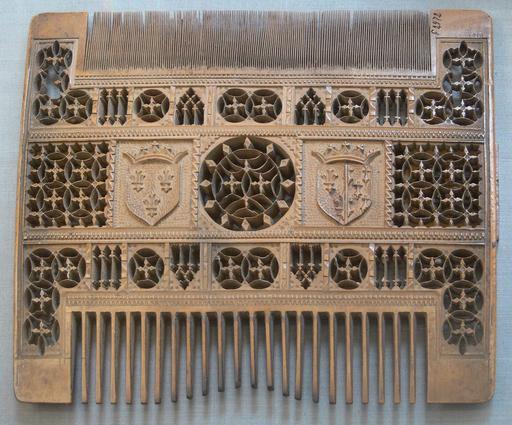 Peigne  du seizième siècle