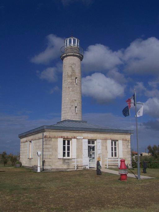 Ancien phare de Richard sur l'estuaire de la Gironde