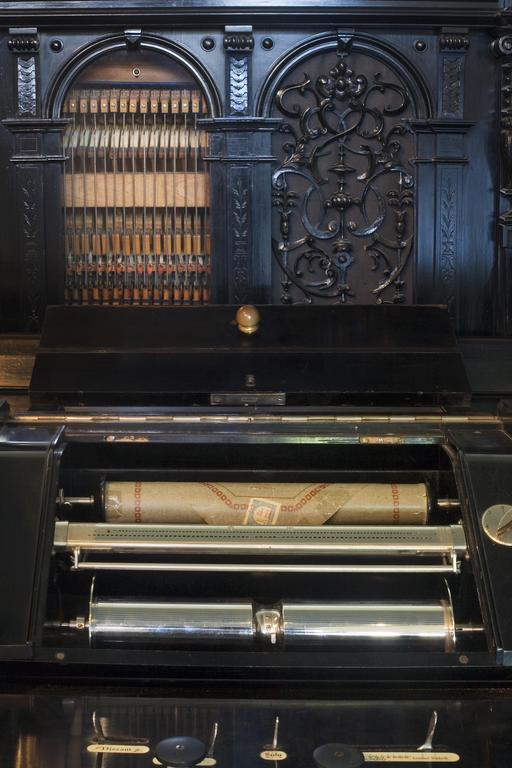 Piano pneumatique à rouleaux de 1900