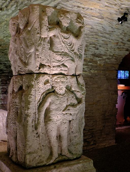 Pilier votif au musée de Dijon