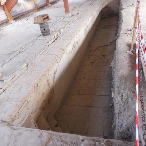 Piscine de la villa gallo-romaine de Loupiac-33