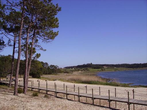 Plage de sable d'Ervideira au Portugal