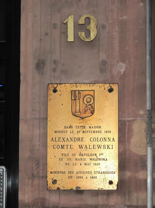 Plaque Alexandre Walewsky au numéro 13