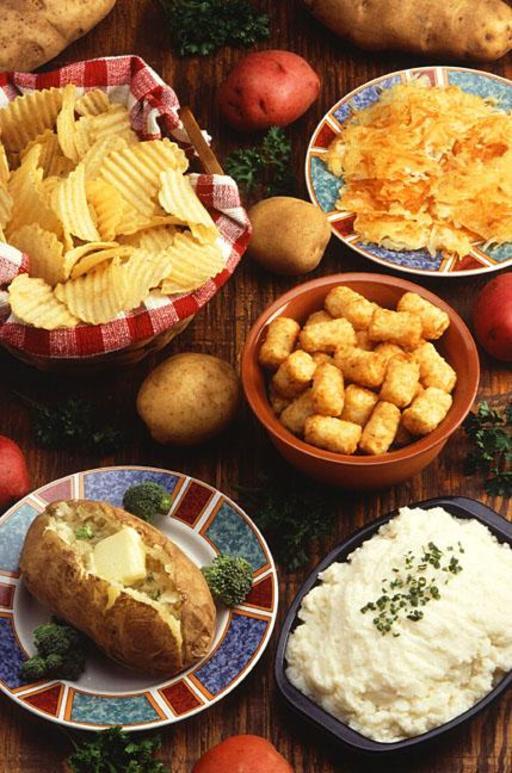 Pommes de terre crues et cuites