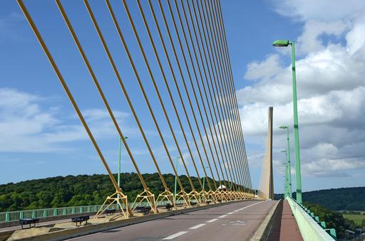 Pont de Brotonne en Seine-Maritime