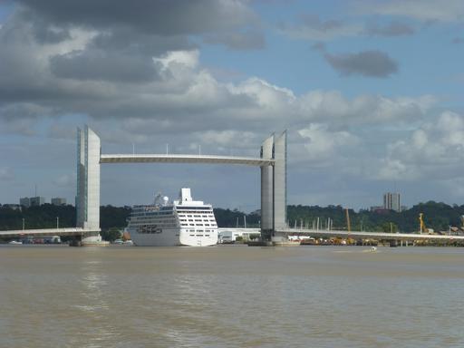 Pont levant de Bordeaux