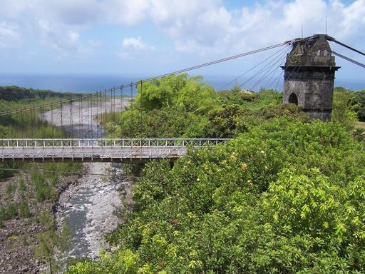 Pont suspendu de la Rivière de l'Est de La Réunion