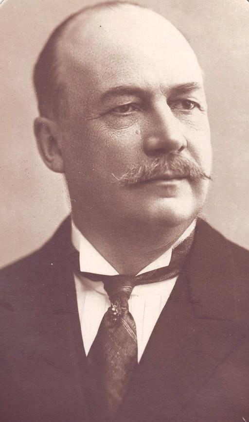 Portait de Charles Chéneveau