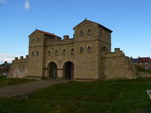 Porte d'entrée de fort romain