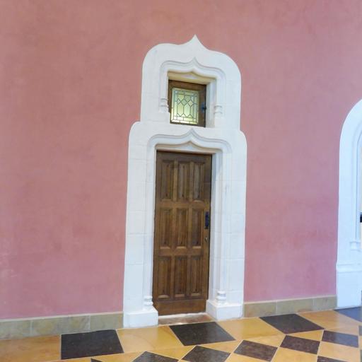 Porte et vitrail au musée des beaux-arts de Dijon