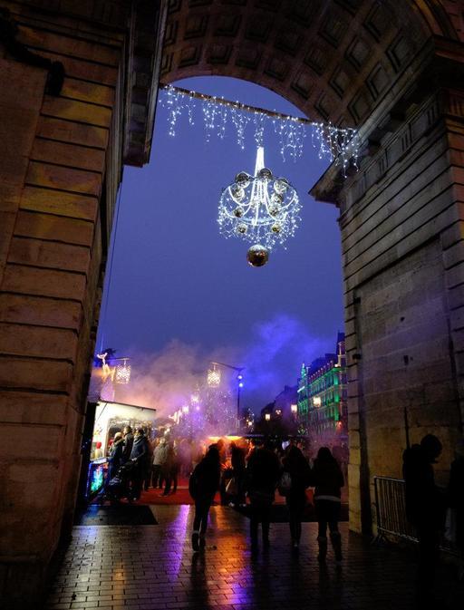 Porte Guillaume de Dijon à Noël - 03