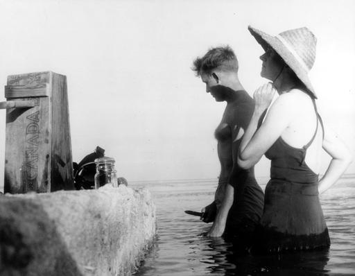 Prélèvements marins par Robert Hines et Rachel Carson