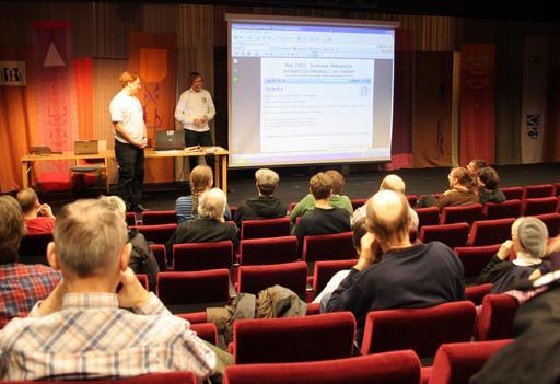 Présentation de wikimedia en 2001