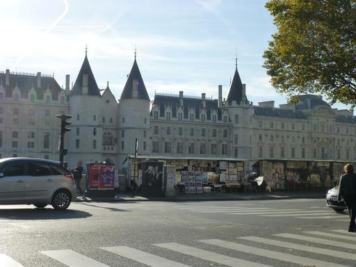 Quais et bouquinistes à Paris
