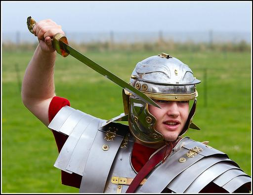 Reconstitution de glaive romain