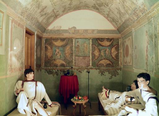 Reconstitution de salle à manger romaine
