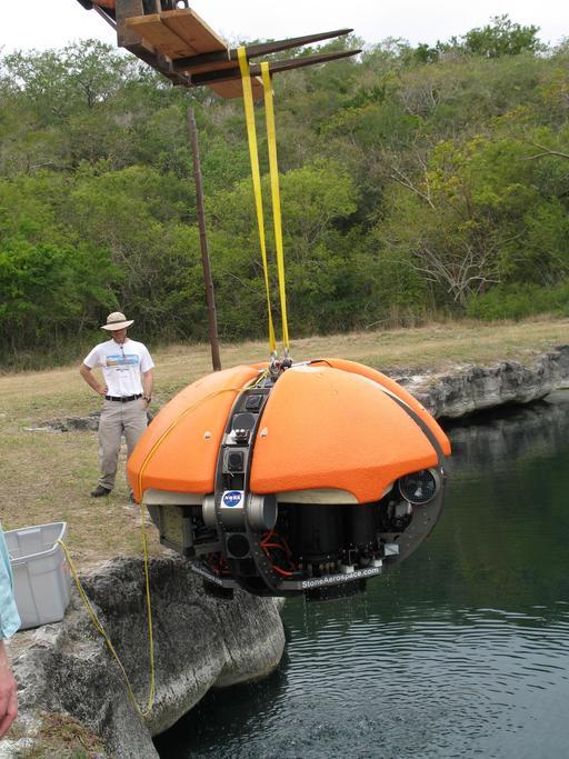 Robot subaquatique