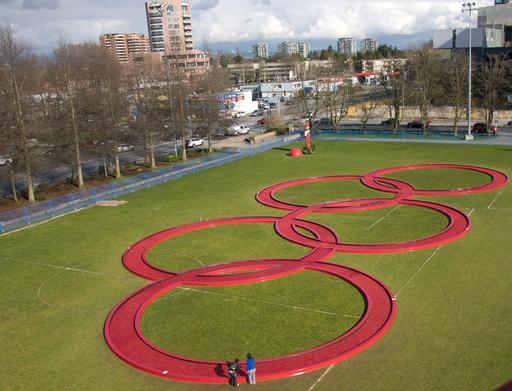 Anneaux olympiques en canneberges à Vancouver en 2010