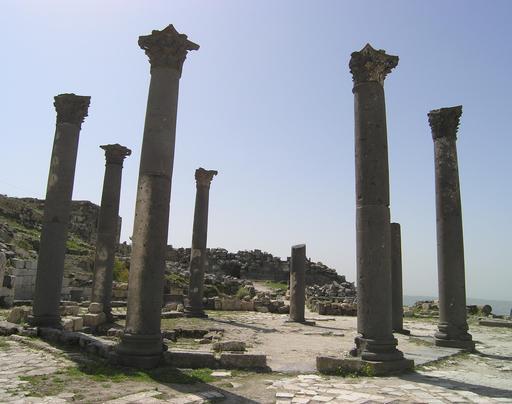 Ruines de l'église octogonale de Gadara en Jordanie