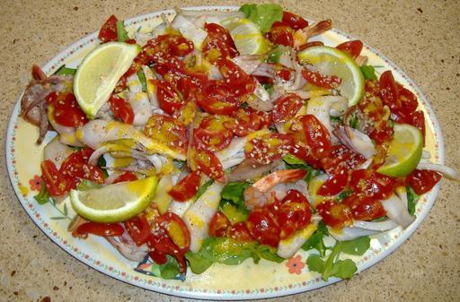 Salade de calamars et crevettes