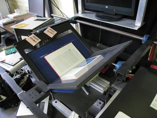 Scanner de livre à Internet Archive
