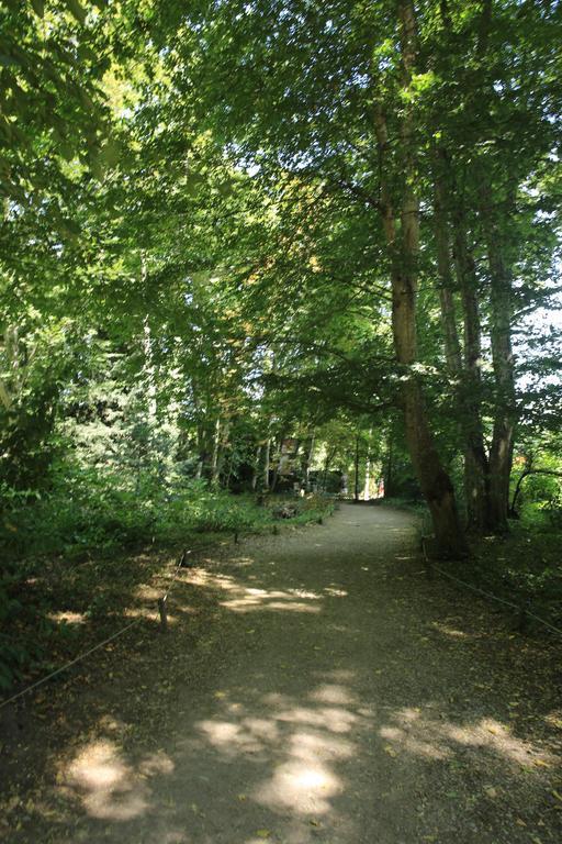 Sentier de promenade au Clos Lucé