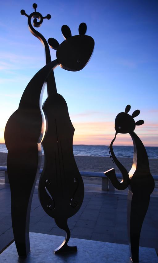 Statues de Charles Stratos à Arcachon