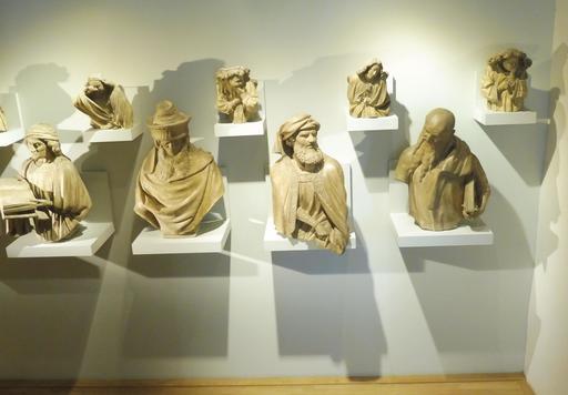 Statues du puits de Moïse au musée des beaux-arts de Dijon