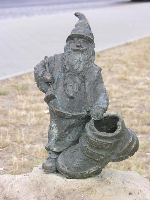 Statuette du nain cordonnier