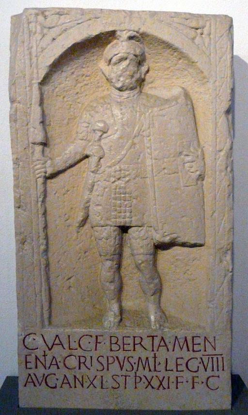 Stèle de soldat romain