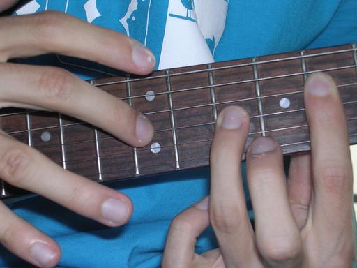 Technique du tapping en guitare