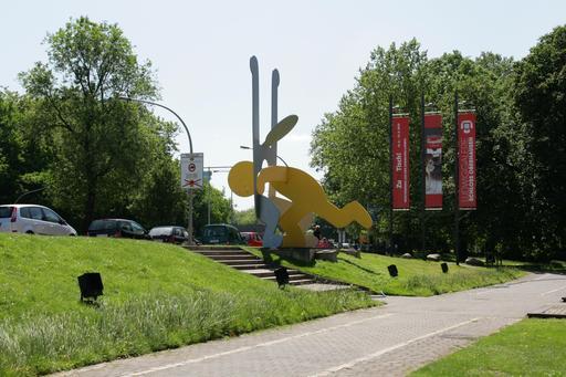 Tête dans le ventre de Keith Haring