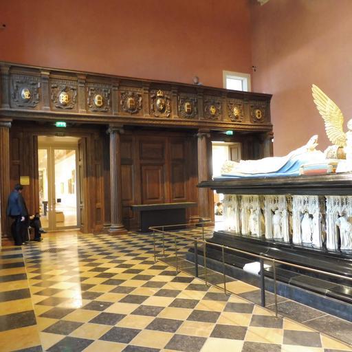 Tribune des musiciens au musée des beaux-arts de Dijon