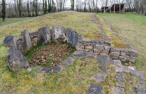 Tumulus néolithique de Colombiers-sur-Seulles