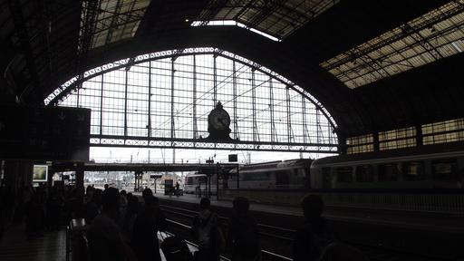 Verrière de la gare de Bordeaux-Saint-Jean