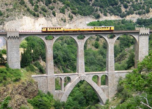 Viaduc ferroviaire Séjourné à Fontpédrouse