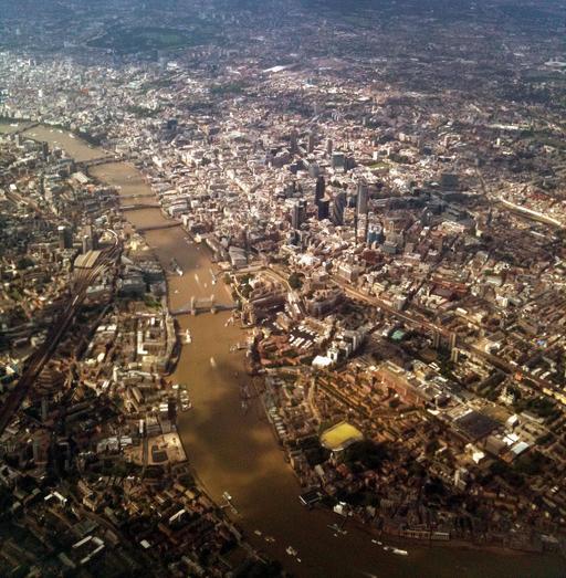 Vue aérienne de Londres et de la Tamise