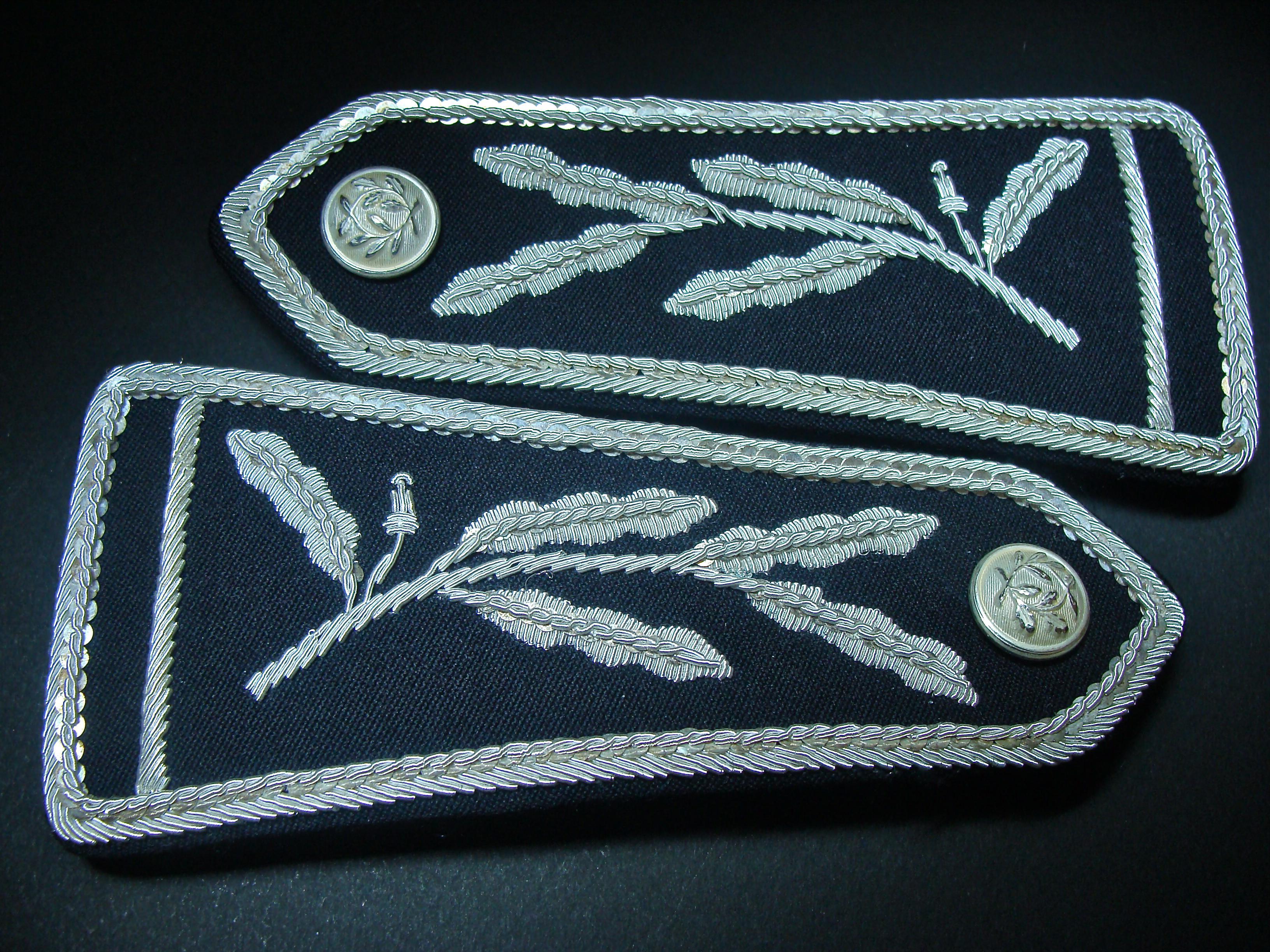 Ressources ducatives libres les - Grille de salaire commissaire de police ...